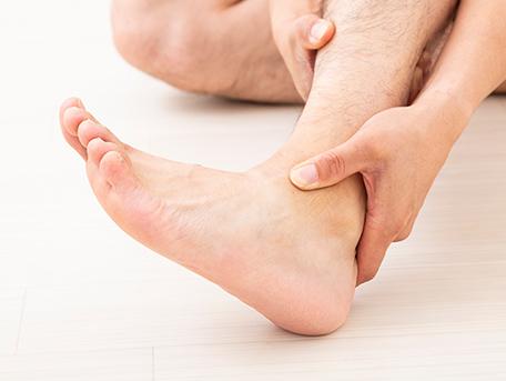 足首の腫れ・痛み・むくみ